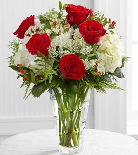 12-C8_330x370_deluxe - FTD Holiday Elegance Bouquet