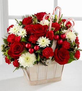 B14-4426_330x370_deluxe - FTD Candy cane lane bouquet