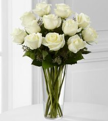 E8-4812 - FTD white rose bouquet