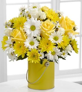 PCY- FTD Color your day with sunshine Bouquet