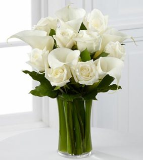 S7-4449 - FTD sweet solace bouquet