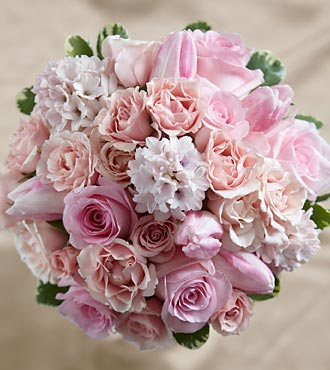 W15-4653 - FTD Dawn Rose Bouquet